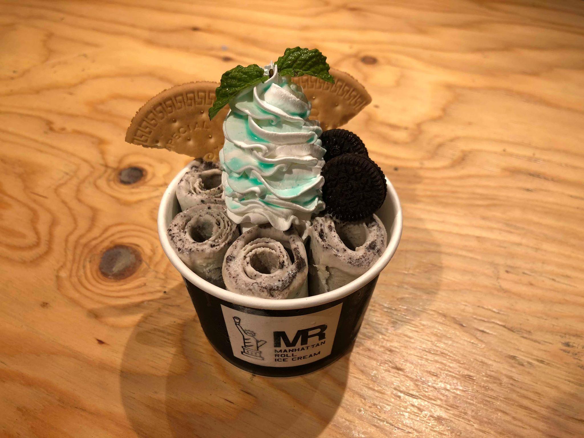 マンハッタンロールアイスクリーム原宿店>